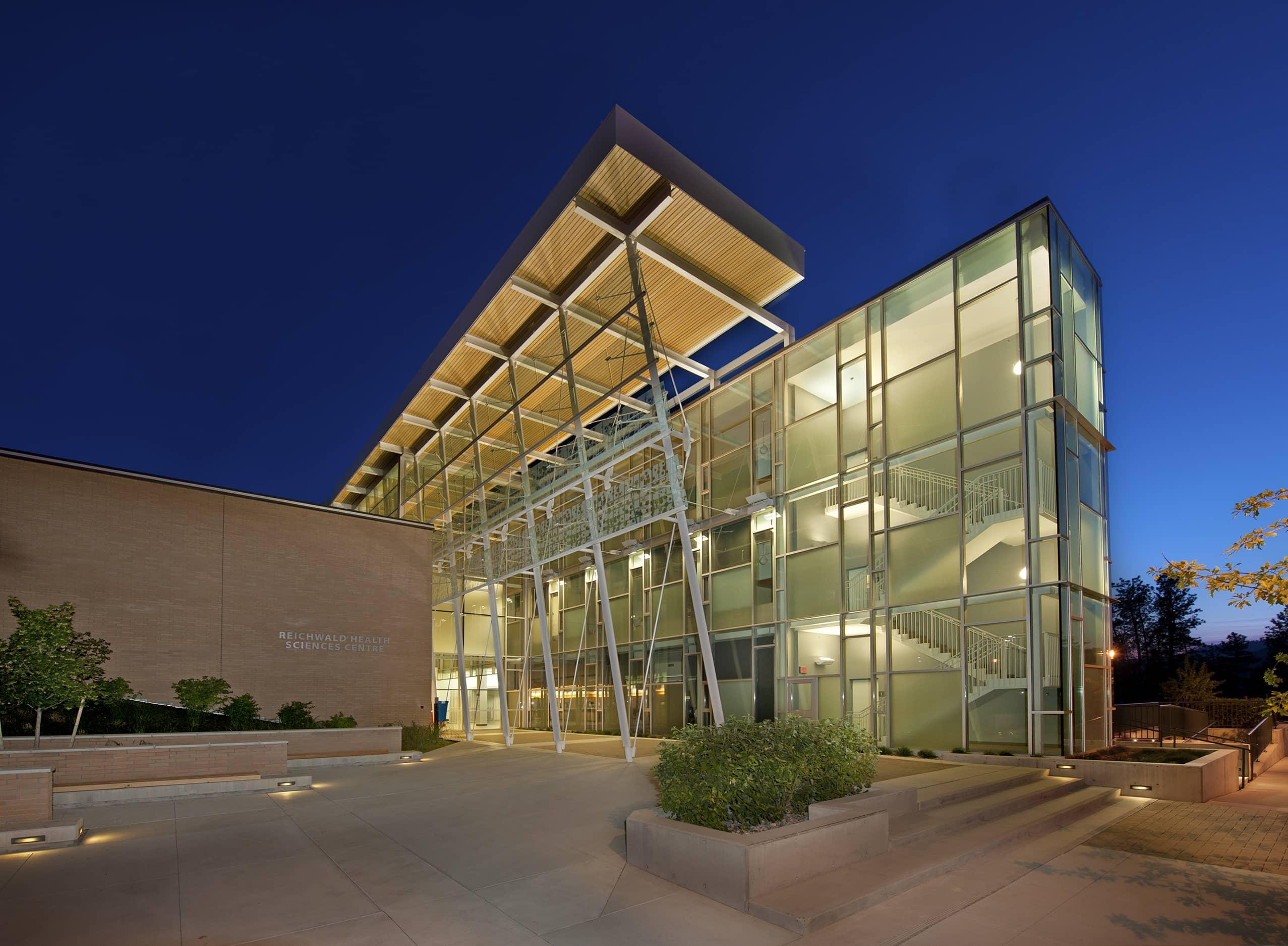 bbp ubco health sciences exterior night